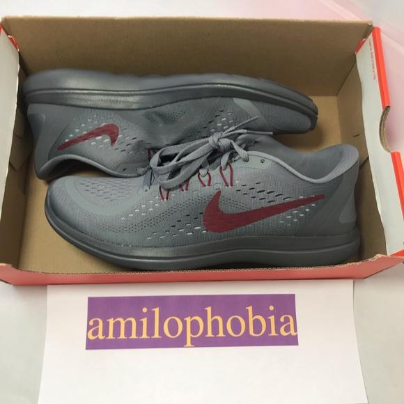Womens Nike Flex 27 Rn Size 11 Grey Red